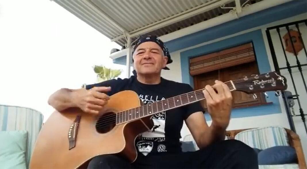 Vídeo-La-canción-del-rodillo-de-entrenamiento-para-ciclistas-Salvador-Fernández-Gil.