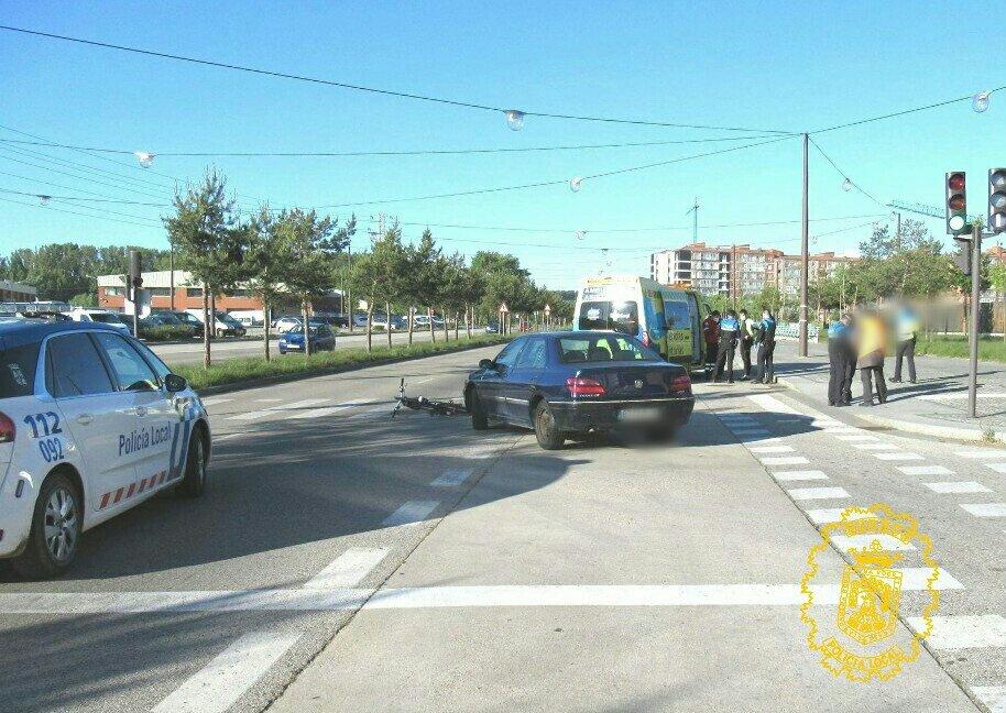 Ciclista herido tras ser atropellado en un carril bici de Burgos