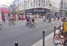 ¿Cuántos ciclistas ves saltarse este semáforo?