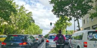 ¿Pero qué broma es esta? Madrid Ciclista felicita al Ayuntamiento de Madrid por no hacer nada