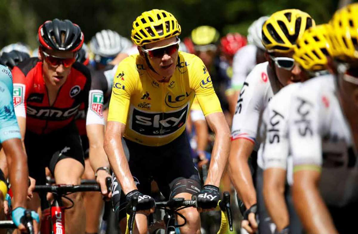 ¿Qué pasará si un ciclista profesional del Tour de Francia da positivo en Covid-19 en carrera?