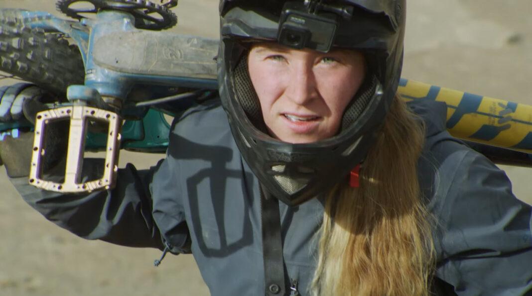 Vídeo-Hannah-Bergemann-la-imagen-del-Freeride-femenino-del-momento