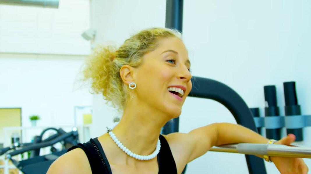Vídeo: Jolanda Neff, recuperada y en forma de su grave caída en el segundo capítulo de JolandaLand