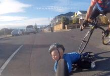 Vídeo-Un-padre-despistado-provoca-que-su-hijo-en-bici-sea-atropellado-por-dos-ciclistas