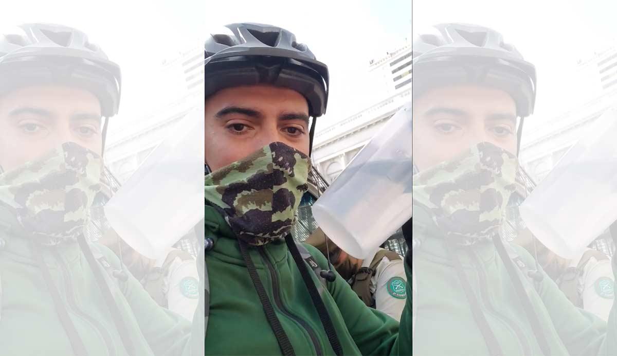 Ciclista-multado-por-bajarse-la-mascarilla-para-beber-agua-en-bicicleta
