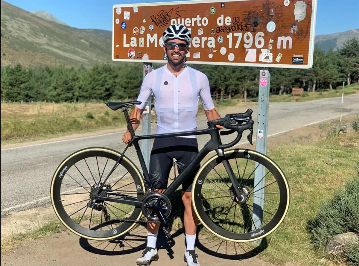 Everesting de Alberto Contador en el Puerto de la Morcuera
