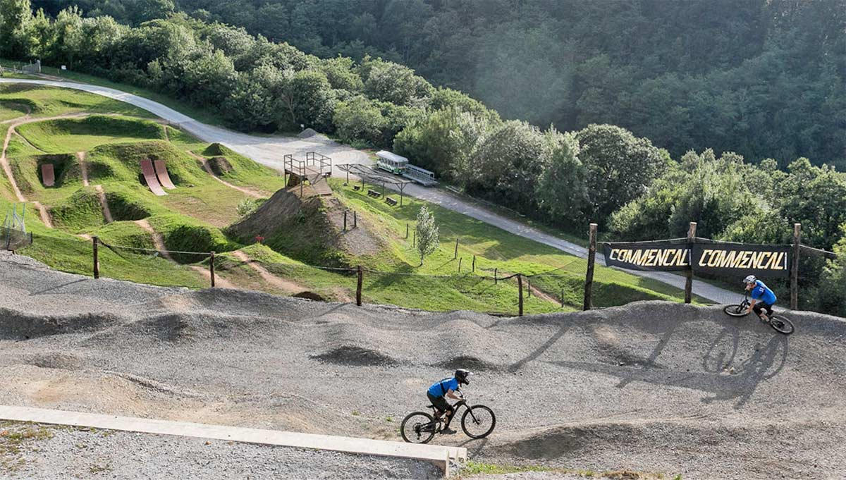 Fallece un ciclista en el bike park de Irrisarri Land por causas desconocidas