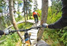 Sabes-lo-que-es-una-montaña-rusa-para-bicicletas-Dale-al-play-y-sorpréndete