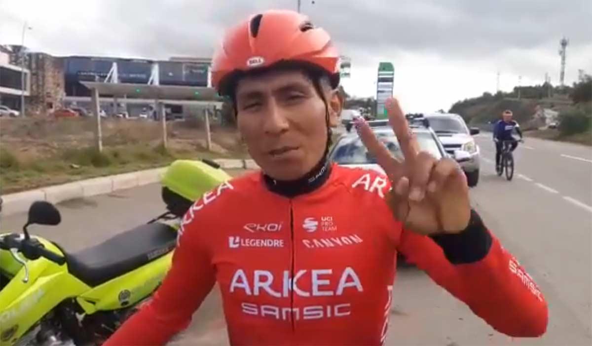 Vídeo: Nairo Quintana, a cinco días de volar a Europa, recuerda a los conductores el respeto en la carretera