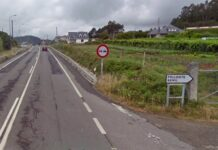 Comenzó a ir de lado a lado de la carretera hasta que se cayó de la bicicleta. Fallece un ciclista en Pontevedra