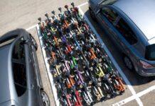 Cuantas-bicicletas-plegables-caben-en-una-plaza-de-aparcamiento-normal-brompton