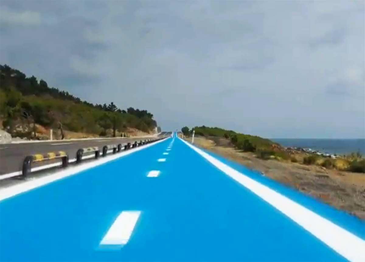 Un-carril-bici-de-26-km-entre-la-montaña-y-la-costa-mediterránea