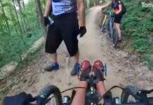 Video-Un-ciclista-cierra-el-paso-a-otro-por-circular-en-bicicleta-electrica-adaptada