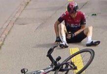 Geraint Thomas se cae antes del comienzo de la etapa tres del Giro de Italia