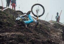Vídeo: Así está el embarrado circuito en Maribor. Hoy primera final de DH