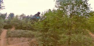 Video-Dos-freeriders-de-8-y-11-anos-de-edad-en-el-Bikepark-Ferme-Libert-les9roues