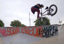 Video-Julian-Molina-el-increible-ciclista-adaptado-de-BMX-en-Barcelona