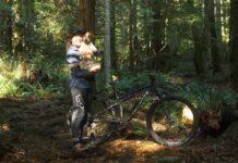 Vídeo: Una de perros ciclistas. Jane & Huck