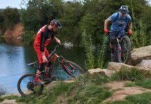 Video-Subidas-imposibles-en-bicicleta-electrica-con-Hans-Rey-y-Rob-Warner