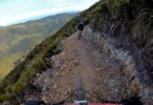 Vídeo: Estrenando el sendero de 7 millones para bicicletas de montaña Peak29 Memorial Track