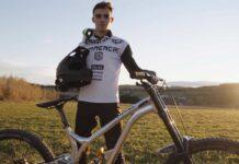 Así es el nuevo equipo UCI 100% español, el Commencal 21