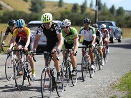 El-ciclista-profesional-George-Bennett-se-pasa-al-Gravel-Bike