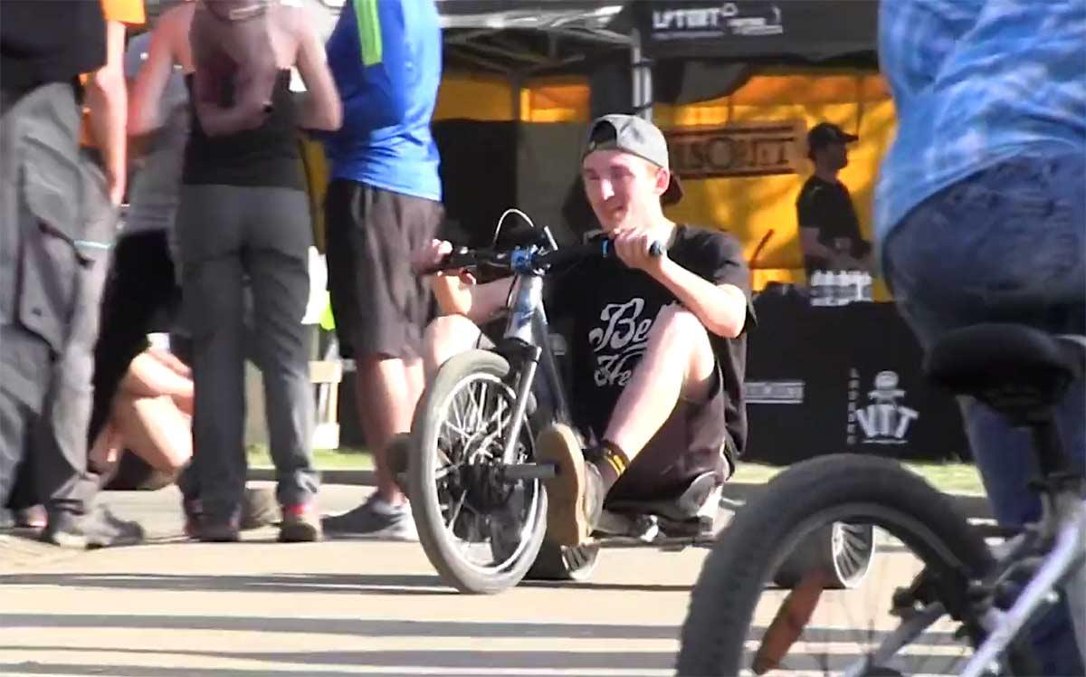 Video-Asi-celebra-Phil-Atwill-su-vuelta-a-Propain-Bikes