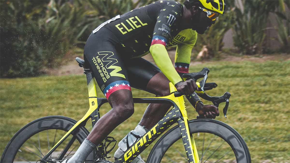 Zwift-lanza-las-Black-Celebration-Series-para-destacar-a-los-ciclistas-negros-ciclismo-virtual