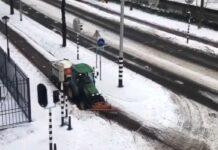 Vídeo: Así limpian los carriles bici de nieve y a los pocos minutos se llenan de ciclistas