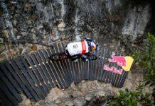 Vídeo: La bajada ganadora y la repetición del Red Bull Monserrate Cerro Abajo 2021