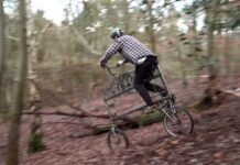 Video-Sam-Pilgrim-y-la-locura-de-la-bicicleta-cama-literal