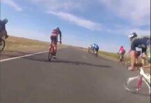 Que-es-lo-que-provoca-la-espectacular-caida-de-este-ciclista-en-la-carretera