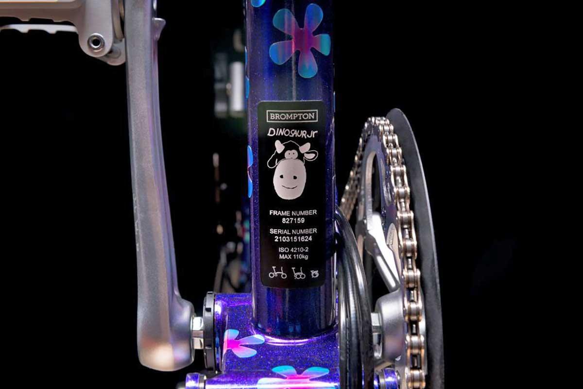 Enrique Iglesias, Radiohead, Foo Fighters y otras estrellas diseñarán bicicletas Brompton por una buena causa