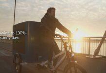 Una-bicicleta-electrica-de-carga-que-se-recarga-sola-gracias-a-la-energia-solar