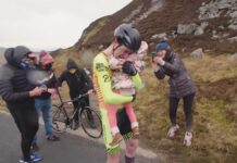 Vídeo: 5,5 kg de bici. Así ha conseguido el récord mundial de Everesting Ronan Mc Laughlin