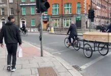 Video-Su-ultimo-deseo-que-su-hermano-le-llevase-en-bicicleta-al-cementerio