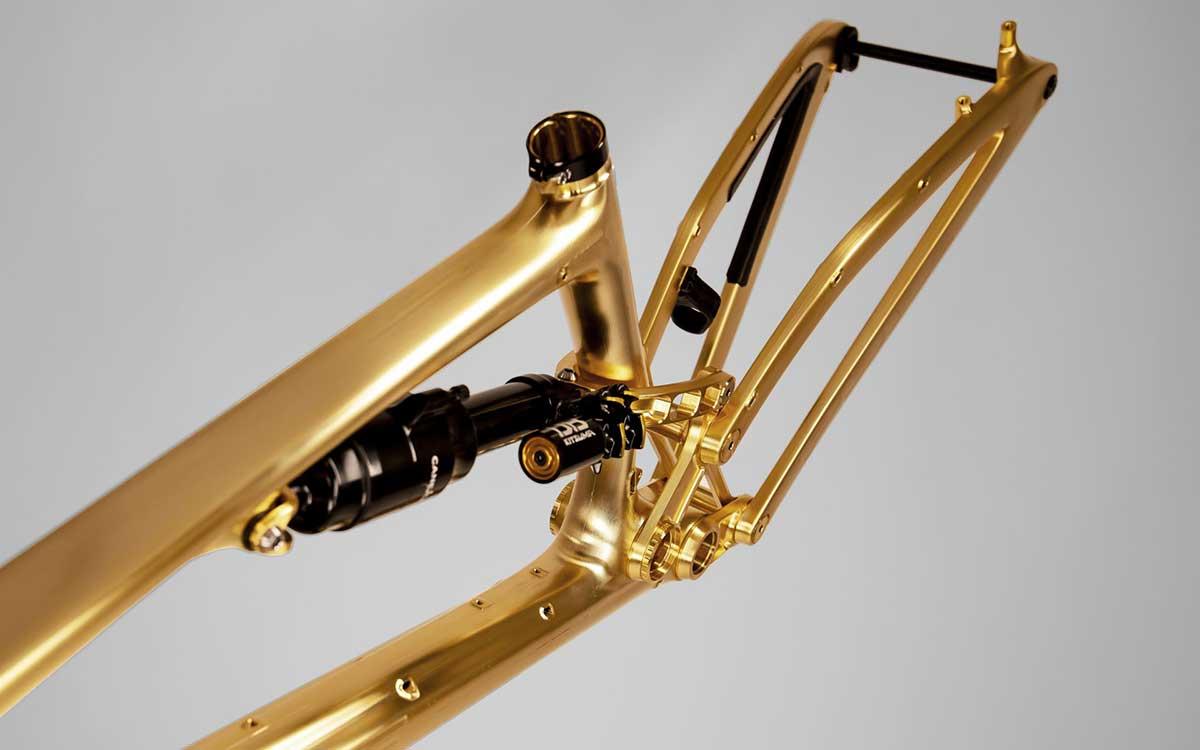 pole-stamina-180-oro-enduro-detalles.jpg