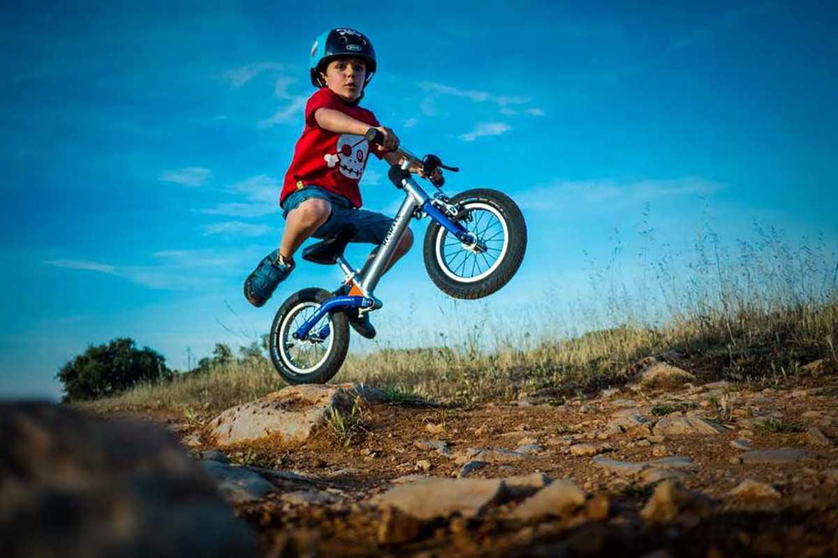 Asi-es-el-Campeonato-del-Mundo-de-ninos-de-2-a-5-anos-en-bicicletas-de-equilibrio-sin-pedales