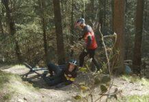 Video-¡Me-he-roto-la-pierna-Dame-una-bicicleta-rigida-y-cambiare-mi-mundo-nukeproof-scout
