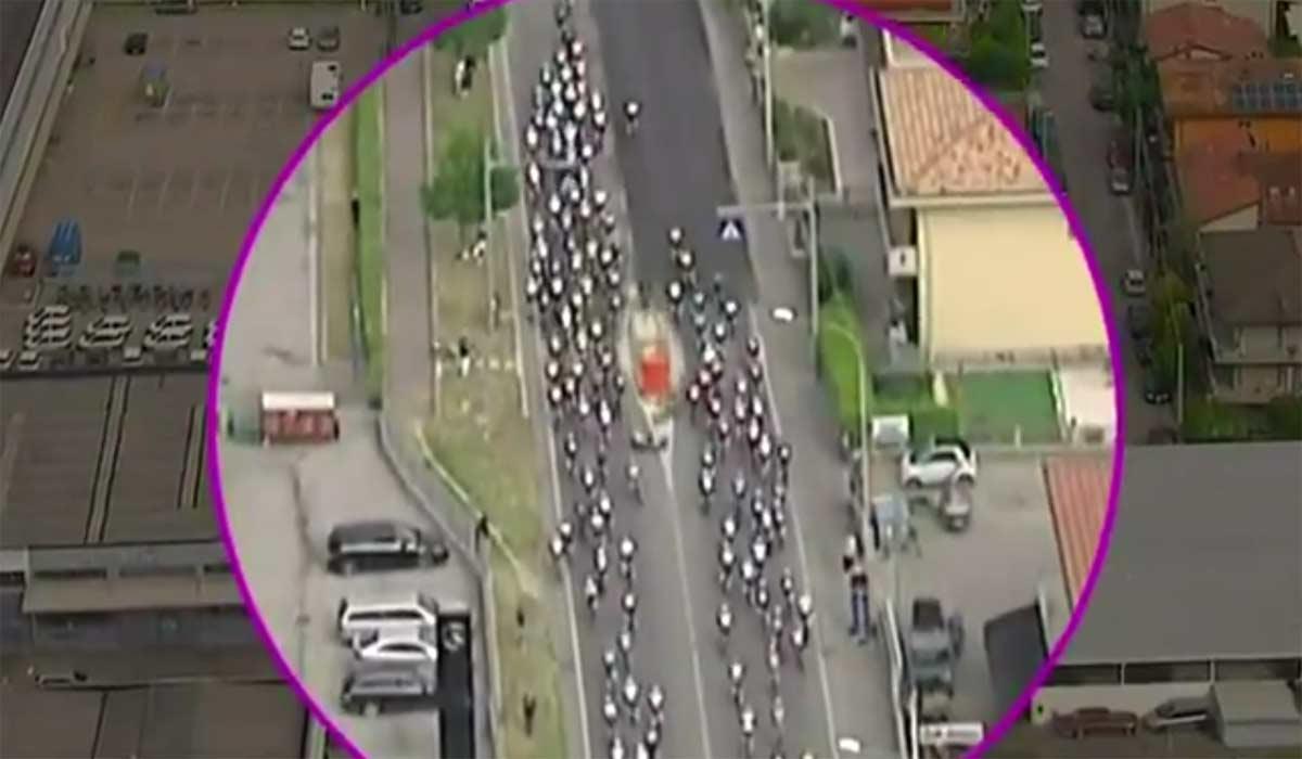 Video-Asi-ha-sido-la-grave-caida-de-Mikel-Landa-en-el-Giro-de-Italia-2021