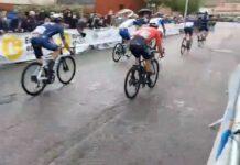 Video-La-peineta-entre-dos-ciclistas-del-Gruopama-FDJ-en-el-Tour-de-Eure-et-Loir-Paul-Penhoet