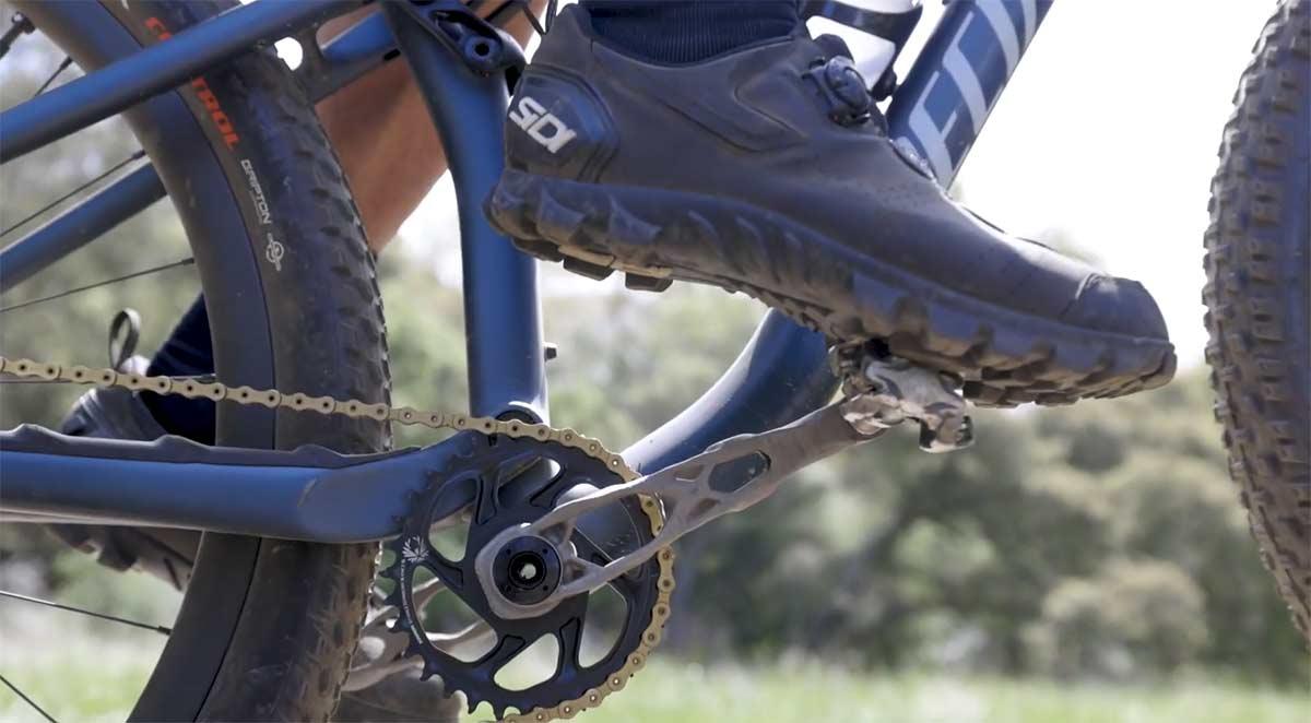 Video-Sram-y-sus-nuevas-bielas-generadas-por-inteligencia-artificial.-Generative-Design-el-futuro-de-las-bicicletas-con-Autodesk
