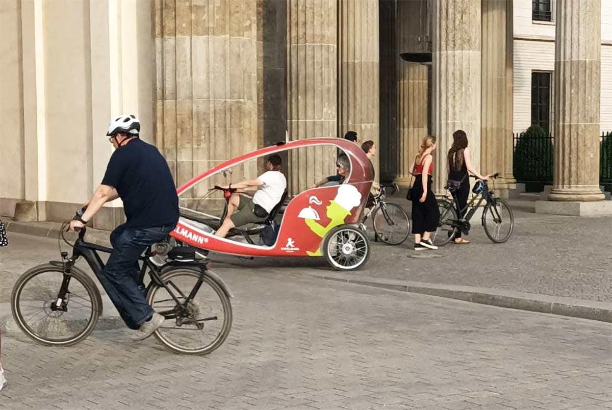 Las-ventas-de-bicicletas-electricas-superan-a-las-de-coches-electricos-en-2020.-Se-vende-una-cada-tres-segundos-en-el-Reino-Unido