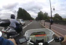 Vídeo: Atropellado por no ir por el carril bici recomendado