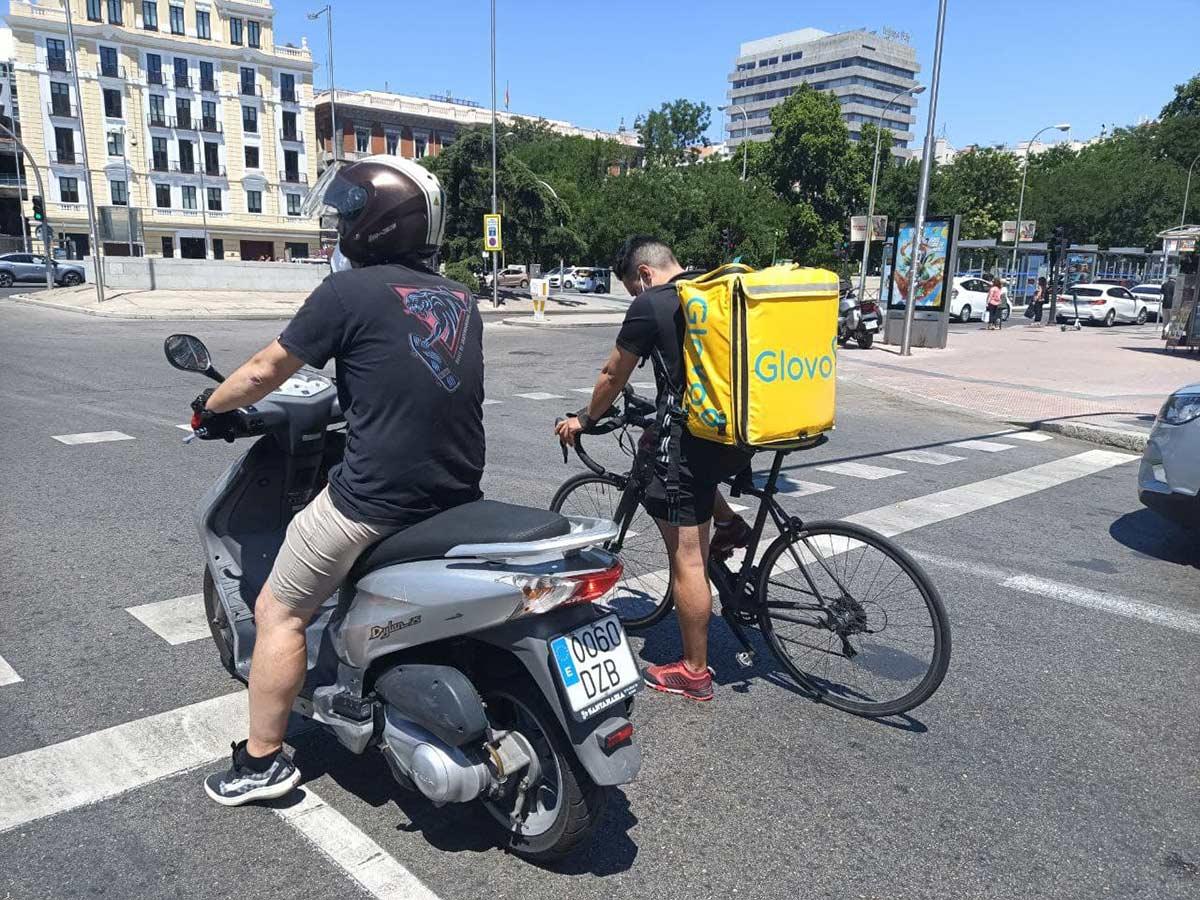 Llamame-tonto-8-Madrid-ardera-en-el-infierno-junto-a-sus-dirigentes-sus-motos-y-sus-coches-electricos