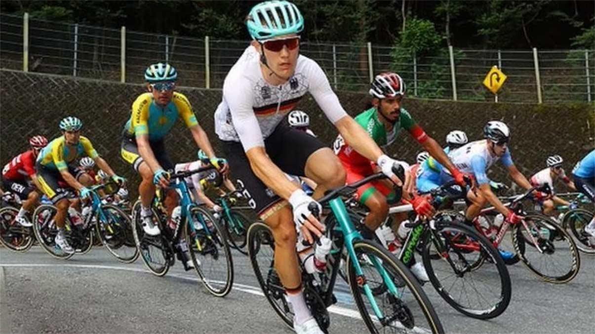 Esta es la sanción que ha impuesto la UCI al entrenador alemán por los comentarios racistas de Tokio 2021