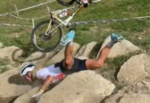 Video-Jolanda-Neff-primera-victima-del-rock-garden-de-Val-di-Sole-caida-trek-supercaliber-oro-dorada