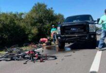 """6 ciclistas atropellados por un joven de 16 años que hacía """"rolling coal"""" en la carretera"""
