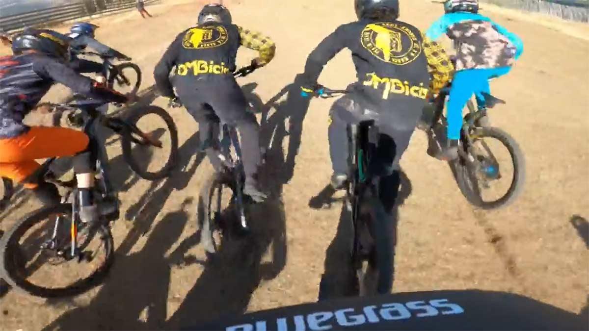 El-espectacular-video-onboard-de-Angel-Suarez-en-el-Red-Bull-Holy-Bike-2021-avalancha-la-pinilla