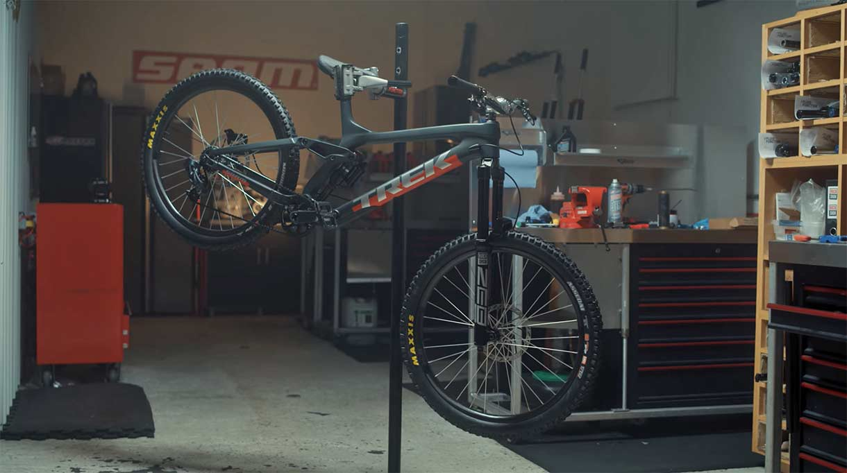 Video-Ruedas-de-26-y-275-en-la-bici-de-Semenuk-para-el-Rampage-2021